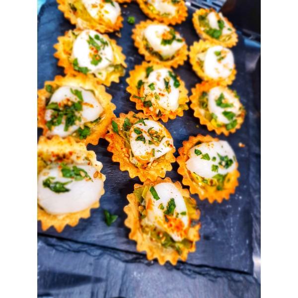 Tartelette de St Jacques et compotée de poireaux